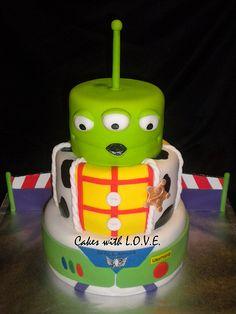 Buzz + Woody + an alien = epic cake.