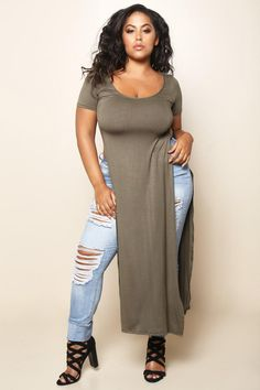 A dramatic, floor-length plus size top. Features waist-high slits on each side, scoop neckline, short sleeves, and finished hem at the ankles. You'll look like the fashion royalty you <i>are!</i>