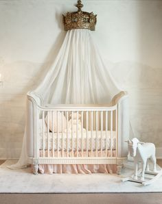 Visit the RH Baby & Child gallery at the 3 Arts Club in Chicago.