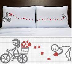 Esquema de punto de cruz para bordar las almohadas ¡muy lindo! by tabu-sam