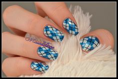 Plaid Sweater Nails