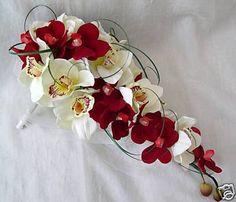 ivory and red wedding bouquets