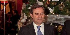 Juan Salido, ex-director general de Cajasol (Banca Cívica).  Se pre-jubiló con una pensión de 950.000 euros.