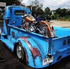 Gmc Trucks, Cool Trucks, Rat Rod Build, Classic Pickup Trucks, Old Pickup, Harley Softail, Harley Bikes, Custom Harleys, Kustom