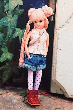 Licca-chan - LoveVintageDolls Doraemon, Mix Match Outfits, Asian Doll, Kawaii Shop, Barbie Dolls, Dolls Dolls, Hello Dolly, Cute Dolls, Ball Jointed Dolls