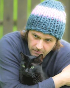 Bonnet beanie man cat. Handmade knitwear, wool, knitting, tricot, men, women, kids
