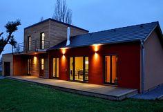 Maison ossature bois 123 m² RT 2012 ou passive façade mélèze et enduit