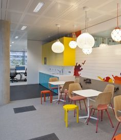 Elements carpet tiles from Quadrant now cover the floors of the new global brand development headquarters of The Absolut Company in Chiswick, West London, providing a neutral backdrop that allows the colorful elements of this highly creative space to take centre stage.
