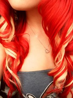 I'm gonna dye my hair like this after my senior year :)