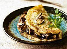 Grzyby świetnie smakują w daniach orientalnych, w swojskich sałatkach, jak i w nieformalnym związku z kalafiorem. Zaskakujące i niebanalne przepisy z boczniakami, kurkami i borowikami. Spróbuj