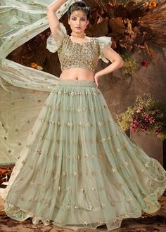#green #mirror #embellished #net #lehenga #choli #designs # traditional #indian #outfits #gorgeous #wedding #look #ootd #new #arrival #womenswear #online #shopping Lehenga Choli, Lehenga Indien, Net Lehenga, Lehenga Blouse, Indian Lehenga, Indian Skirt, Indian Dresses, Indian Outfits, Salwar Kameez