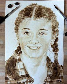 Mädchen / girl  ============================= Kaffeemalerei ☆☆☆ coffee painting  =============================  Porträt Mädchen malen zeichnen mit Kaffee  Kaffeemalerei Kaffeepinsel portrait girl coffeebrush drawing drawings coffeepainting coffeepaint coffee