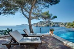 Stunning villa for sale in first line to the sea in Puerto Andratx with private sea access