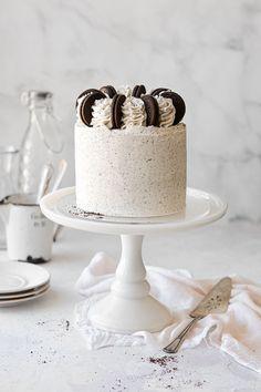 Cookies And Cream Cake, Cake With Cream Cheese, Yummy Cookies, Cream Cheese Frosting, Cake Day, Eat Cake, White Velvet Cakes, Vanilla Buttermilk Cake, Easy Cake Recipes