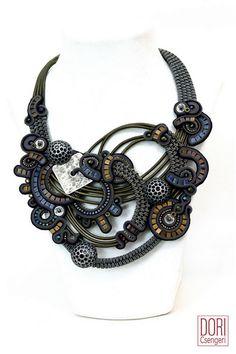 statement necklaces : Dusk Bib Necklace
