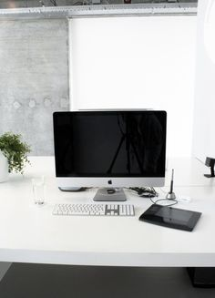 iMac and Graphics Tablet