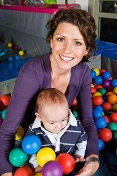 Ejercicios para la estimulación temprana de bebés de 6 meses a 1 año KENA.com