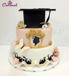 Graduation themed cake by Caramel Doha