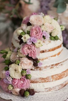 HOW TO DECORATE A WEDDING CAKE - 5 SECRETS 1. To decorate the cake with fresh flowers necessary just before serving (not earlier than two hours), otherwise many of them just wilt. See more https://www.facebook.com/weddingflowersella/