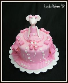 Angelina Ballerina Cake- omg...do not let kaitlyn see this one