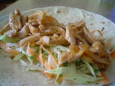 Shredded Chicken and Coleslaw Wrap Chicken Wrap Recipes, Shredded Chicken Recipes, Chicken Wraps, Tasty, Yummy Food, Coleslaw, Soul Food, New Recipes, Main Dishes