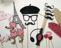 Photo Booth Props - Cest La Vie Collection - Features Chalkboard Sign & Frame