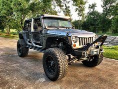 Car brand auctioned:Jeep Wrangler WRANGLER RUBICON LIFTED 2015 Car model jeep wrangler rubicon lifted no reserve
