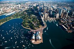 Sydney is a city that has it all: natural beaches, a great harbor, zoo, public gardens and a lot more. When you are in Sydney it is imperative that you visit all of it.