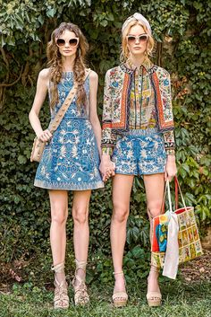 Take a look to Alice + Olivia Spring Summer 2017 Ready-To-Wearcollection: the…