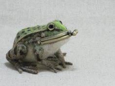 トノサマガエルのがま口の画像1枚目