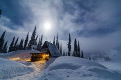 Imagine waking up every morning to fresh snow  skiing pow all day and coming back to this cozy little #ehframe  by the lake! I'd like to book my stay...for the entire winter!  This was captured last year during my stay @blanketglacierchalet  the moon made a stunning appearance  lighting up the snow covered lake and many of the aspects around the chalet.  #mybcbackcountry #backcountrylodgesofbc #cozylittleehframe #MountainCultureElevated #BritishColumbia #skiBC #HelloBC #skitouring #chalet…