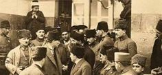 """Atatürk, l6 Mart l923 Cuma günü Adana'da idi. Ve o gün kumandanlar ile birlikte Cuma namazı için Ulucami'ye geldi. Caminin kapısında halka seslendi: """"Tarihimizi okuyunuz, dinleyiniz, görürsünüz ki milleti mahveden, eser ve harap eden fenalıklar hep din kılığı altında küfür ve melanetten gelmiştir. Onlar her hayırlı hareketi dinle karşılarlar. Halbuki, Elhamdülillah hepimiz müslümanız , hepimiz dindarız. Artık bizim dinin gereğini, dinin menettiğini öğrenmek için şundan bundan ders ve akıl…"""