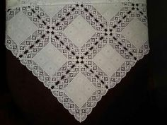 Lovely Crochet Tablecloth, Crochet Doilies, Hand Crochet, Crochet Lace, Fillet Crochet, Star Stitch, Crochet Borders, Dollhouse Miniatures, Quilts