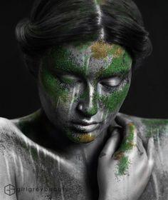 Gray Girl Beauty - overgrown statue makeup look (!)