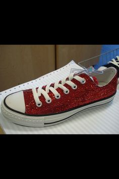 Sparkly converse. There s no place like home ) Cute Shoes Boots 7901a8cb5