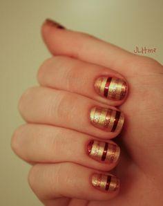 JLH.me - fall stripe nails