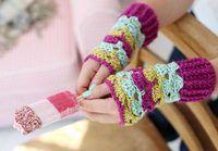 Easy crochet wrist warmers