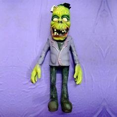 Halloween Prop Artificial Frankenstein Monster Doll 55cm