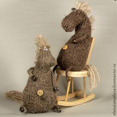 Sock Animals, Crochet Animals, Crochet Toys, Knit Crochet, Reno, Amigurumi Doll, Diy Toys, Handmade Toys, Diy Clothes