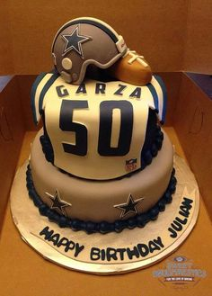 Dallas Cowboys cake by Sweet Doughmestics https://www.facebook.com/sweetdoughmestics