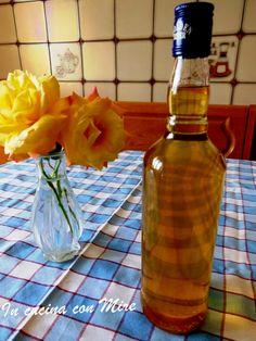 Sciroppo per fichi-ricetta base   In cucina con Mire #gialloblogs #foodpor #ricetta #sciroppo