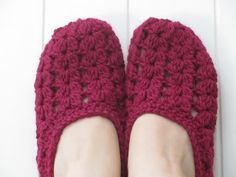 Knit Slippers with Pattern