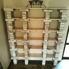 Shelves DIY Shelves DIY The decoration of home is compared to an exhibit space that reveals each of our tastes and design ideas and . Brick Shelves, Shelving, Diy Home Crafts, Diy Home Decor, Diy Closet Shelves, Garderobe Design, Decorating Blogs, Home Projects, Woodworking