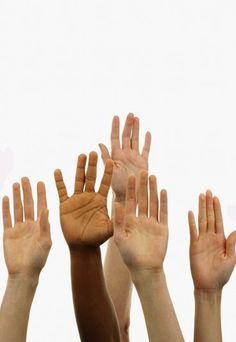 Comment lire les lignes de la main: Apprenez les lignes de la main - Saviez-vous que les lignes de vos mains cachent des secrets sur votre avenir ? Et oui, d'ailleurs les origines de la chiromancie (du grec kheir, main et manteia, divination) remontent bien avant Jésus Christ...