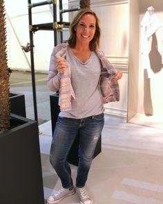 rich&royal Blazer http://www.fashionupyourlife.de/buyers-favorite-rich-royal-blazer/ #richroyal #likechanel #fashionweek