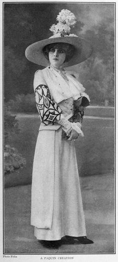 Geneviève Lantelme as Colette in La Gamine, wearing Jeanne Paquin Ensemble (1900)