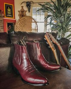 WEBSTA @ backbite_ - Calling all size 9 babes ☎️ We've got the most perfect pair of oxblood Mexican Chelsea boots hitting the site today!