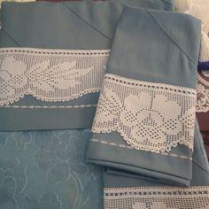 Pike takımı Filet Crochet, Crochet Borders, Lace Making, Crochet Designs, Bed Sheets, Milan, Cross Stitch, Embroidery, Handmade