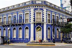 Corumbá, Mato Grosso do Sul, Brasil - antigo hotel, depois prefeitura e futuro centro de atendimento ao turista