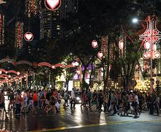 Day 1: Wanna feel Christmas on Singapore? Join Christmas on A Great Street 2013. Orchard Road gears up for Christmas with street performers, fashion shows, Instagram-worthy installations and lights, and of course, fantastic bargains. #SGTravelBuddy